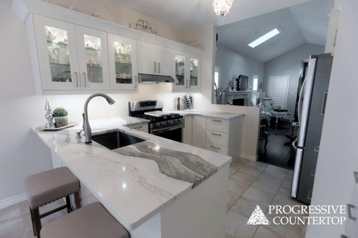 Cambria Quartz Kitchen Countertops - Skara Brae Glossy Countertops